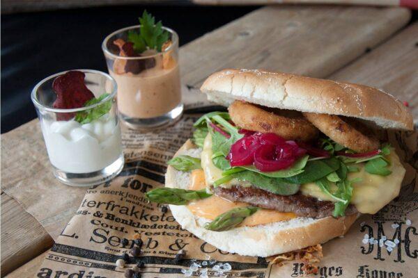 Miljøbilde Burgerdressing på burger
